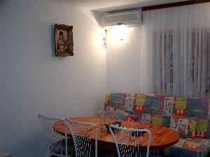 Apartment Maja Air condition and sleeping couch