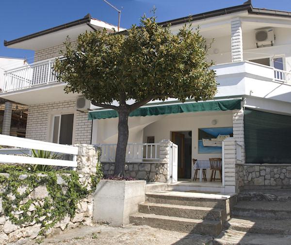 link to Apartment Marina